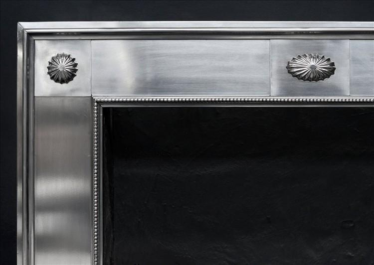 A CLASSICAL GEORGE III STYLE STEEL REGISTER GRATE-Detail2
