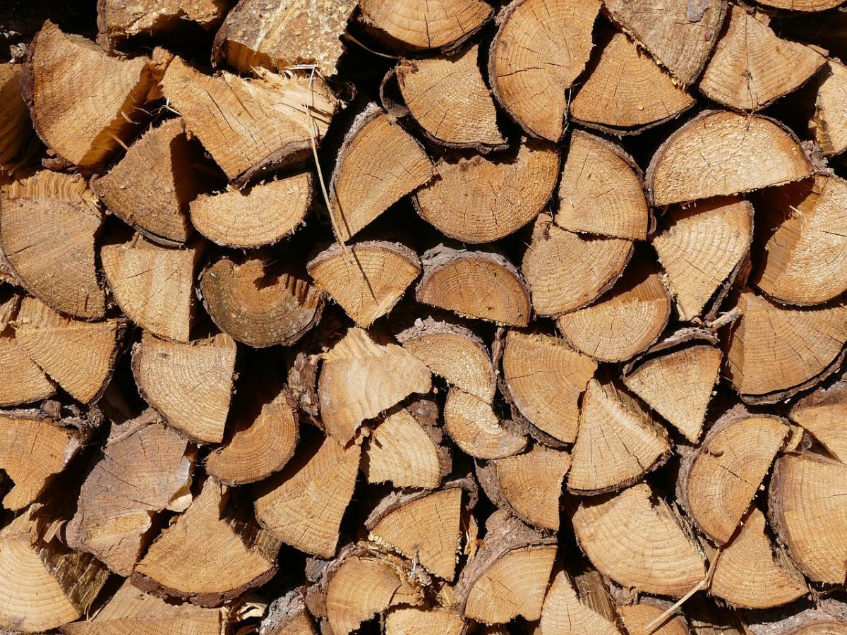 wood-949745_1280